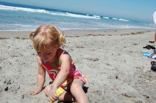 Marlo-beach-dig